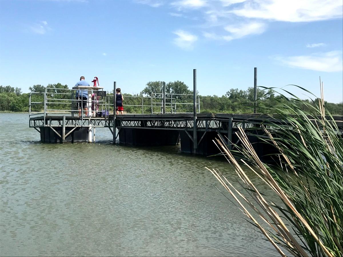 1800-BL-fishing-dock