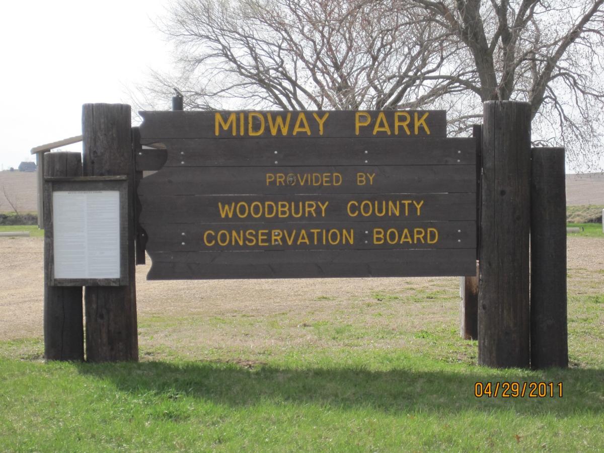 1800-MidwayParkEntSign