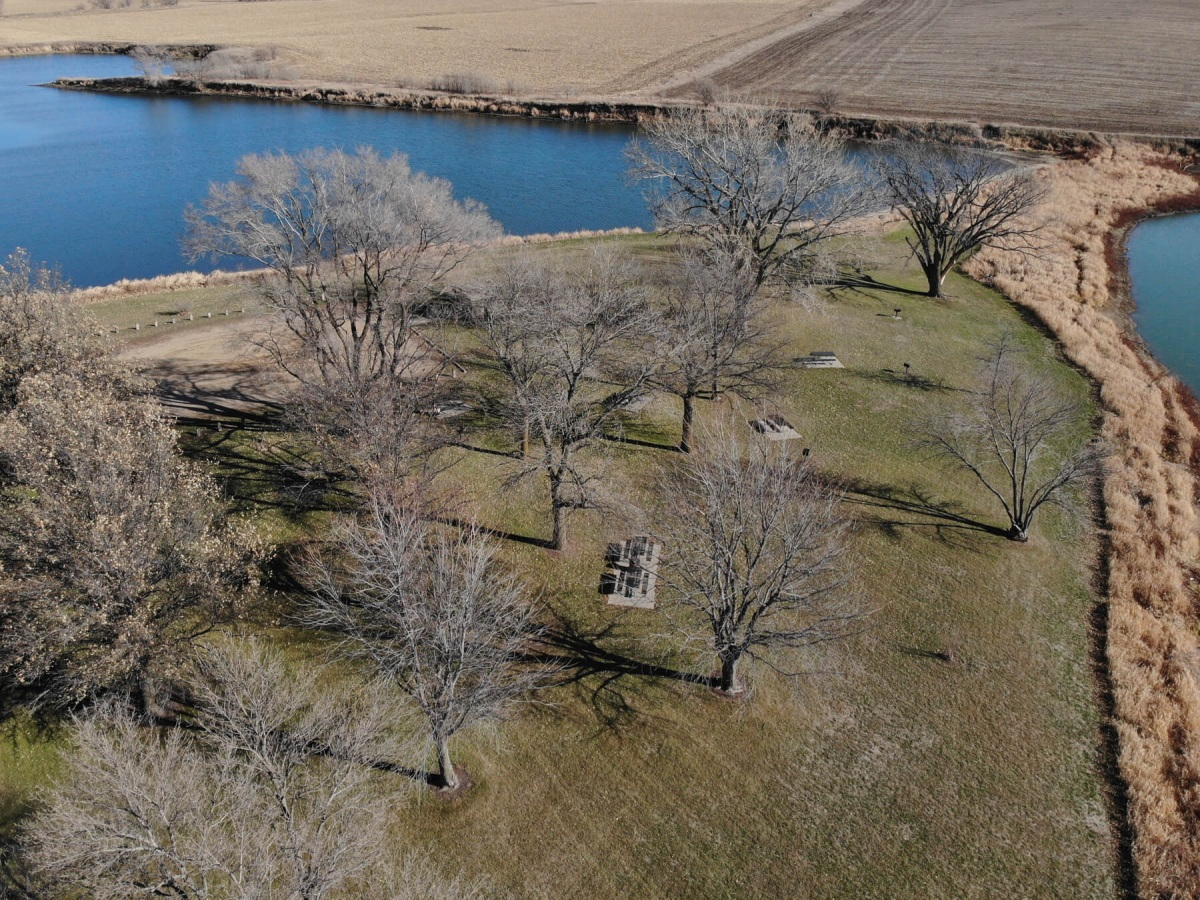 MidwayPark-aerial-of-picnic-ponds