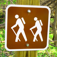 hiking-trail-sign